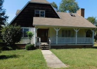 Foreclosed Home in Greensboro 27405 MITCHELL AVE - Property ID: 4449377555