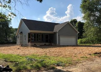 Foreclosed Home in Greensboro 27405 TROXLER RD - Property ID: 4449437560