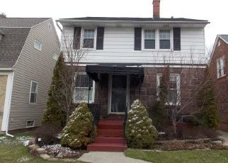 Foreclosed Home in Buffalo 14217 WASHINGTON AVE - Property ID: 4449597415