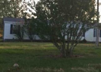 Foreclosed Home in Cassville 65625 STATE HIGHWAY 248 - Property ID: 4449665744