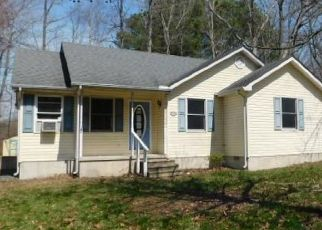 Foreclosed Home in Greensboro 21639 LOGAN LN - Property ID: 4449779614