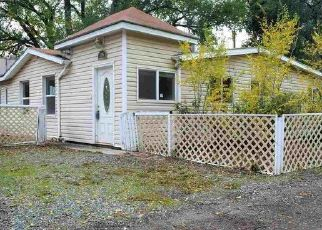Foreclosed Home in Clifton 81520 F 1/4 RD - Property ID: 4449827800