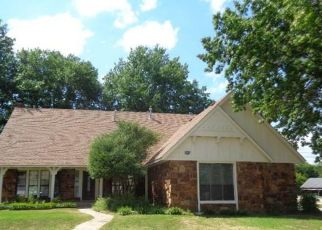 Foreclosed Home in Broken Arrow 74012 S FIR AVE - Property ID: 4449886479