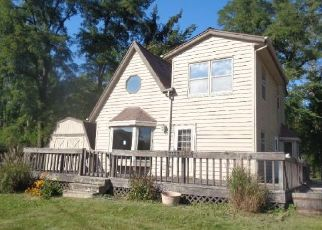 Foreclosed Home in Waterford 53185 BIRCH LN - Property ID: 4449907950