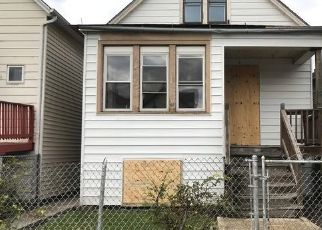 Foreclosed Home in Chicago 60636 S OAKLEY AVE - Property ID: 4449908828
