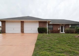 Foreclosed Home in Deltona 32738 HENRY LN - Property ID: 4449915831