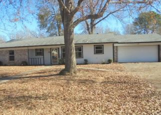 Foreclosed Home in Kilgore 75662 REDBUD ST - Property ID: 4449933338