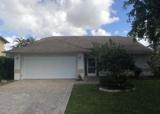 Foreclosed Home in Naples 34112 WEYMOUTH CIR - Property ID: 4449935531