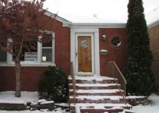 Foreclosed Home in Chicago 60629 W 57TH ST - Property ID: 4450006932