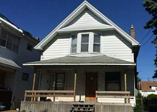 Foreclosed Home in Toledo 43608 CHESTNUT ST - Property ID: 4450026185