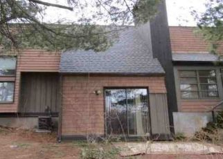 Foreclosed Home in Middletown 06457 ORANGE RD - Property ID: 4450048529