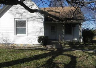 Foreclosed Home in Kingdom City 65262 COUNTY ROAD 215 - Property ID: 4450063423