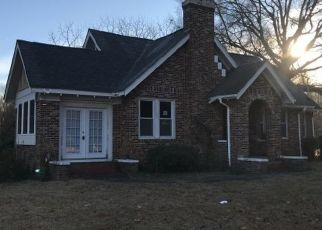 Foreclosed Home in Jackson 38301 S HIGHLAND AVE - Property ID: 4450097133