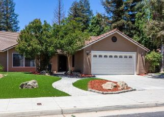 Foreclosed Home in Clovis 93611 CAROLINA AVE - Property ID: 4450101974