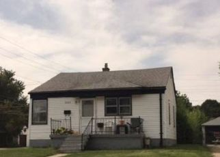 Foreclosed Home in Warren 48091 ATLANTIC AVE - Property ID: 4450129105