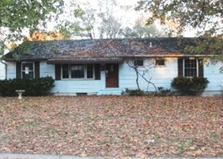 Foreclosed Home in Overland Park 66204 OUTLOOK ST - Property ID: 4450178163