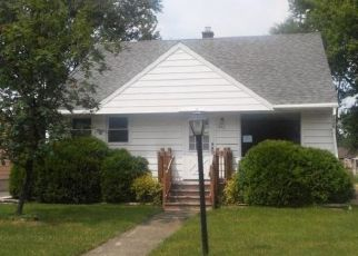 Foreclosed Home in Fond Du Lac 54935 BRAGG ST - Property ID: 4450203574