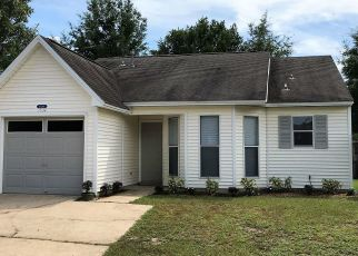 Foreclosed Home in Niceville 32578 MEADOWBROOK CT - Property ID: 4450218913