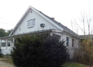 Foreclosed Home in Brockton 02302 CRESCENT ST - Property ID: 4450220654