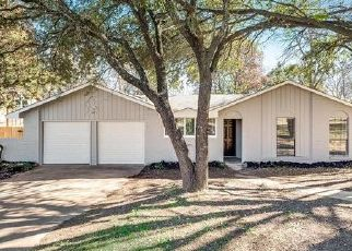Foreclosed Home in Dallas 75224 WHITEDOVE DR - Property ID: 4450279787