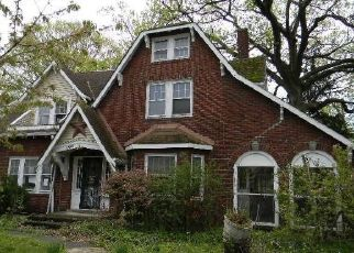 Foreclosed Home in Cleveland 44118 CEDAR RD - Property ID: 4450388845