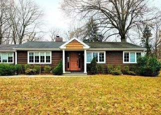 Foreclosed Home in Scarsdale 10583 HUTCHINSON AVE - Property ID: 4450419494