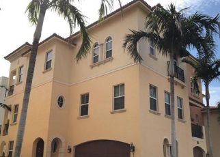 Foreclosed Home in Jensen Beach 34957 OCEAN BAY DR - Property ID: 4450598175