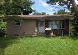 Foreclosed Home in Elizabethton 37643 SIAM RD - Property ID: 4450629274