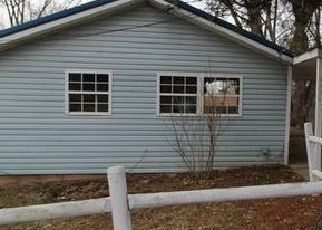 Foreclosed Home in Parkersburg 26101 MYRTLE ST - Property ID: 4450635411