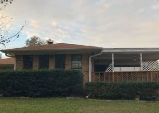 Foreclosed Home in Texarkana 75503 CLEAR CREEK DR - Property ID: 4450641995