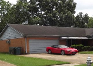 Foreclosed Home in Memphis 38115 PEBBLE BEACH AVE - Property ID: 4450776439
