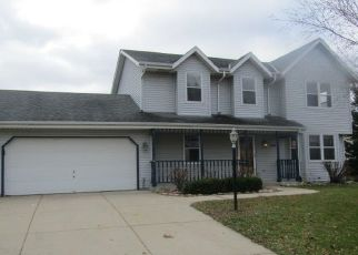 Foreclosed Home in Mukwonago 53149 PLANK RD - Property ID: 4450953376