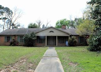Foreclosed Home in Longview 75601 E FAIRMONT ST - Property ID: 4451004180