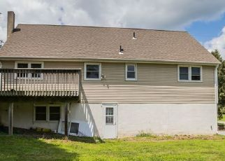 Foreclosed Home in Branchville 07826 DAVIS RD - Property ID: 4451030460