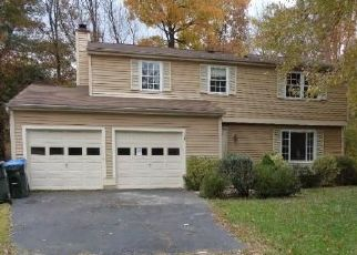 Foreclosed Home in Annandale 22003 BRASS KNOB CT - Property ID: 4451039670