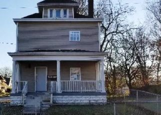 Foreclosed Home in Louisville 40211 W BROADWAY - Property ID: 4451159674