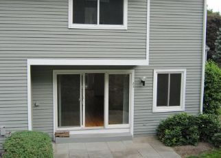 Foreclosed Home in Wilton 06897 GLEN RDG - Property ID: 4451273993