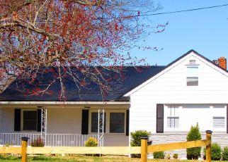 Foreclosed Home in La Plata 20646 OAK AVE - Property ID: 4451278805