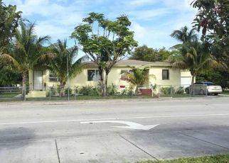 Foreclosed Home in Miami 33161 NE 134TH ST - Property ID: 4451358510