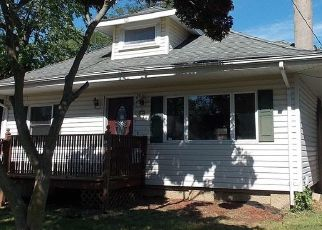 Foreclosed Home in Keansburg 07734 BEACON BLVD - Property ID: 4451405818