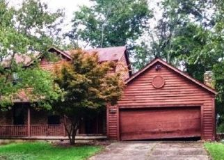 Foreclosed Home in Lawrenceburg 47025 ALPINE DR - Property ID: 4451500860