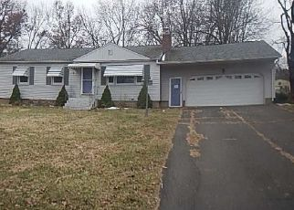 Foreclosed Home in Bristol 06010 EVELYN RD - Property ID: 4451503481