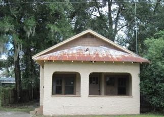 Foreclosed Home in Deland 32720 N CLARA AVE - Property ID: 4451557347