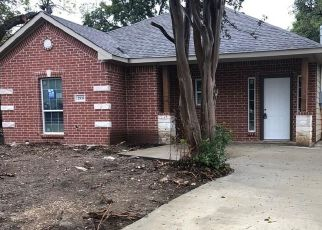 Foreclosed Home in Dallas 75216 WILHURT AVE - Property ID: 4451577497