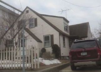 Foreclosed Home in Woonsocket 02895 LOGEE ST - Property ID: 4451609917