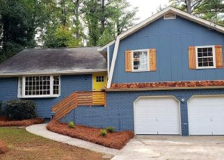 Foreclosed Home in Atlanta 30337 WILLIAMSBURG DR - Property ID: 4451628745