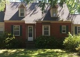 Foreclosed Home in Washington 27889 W 15TH ST - Property ID: 4451657651