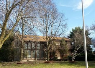 Foreclosed Home in Pewaukee 53072 STONE CT - Property ID: 4451774135