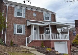 Foreclosed Home in Pittsburgh 15236 COLUMBIA DR - Property ID: 4451801747