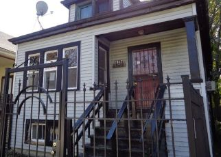 Foreclosed Home in Chicago 60636 W 70TH ST - Property ID: 4451908609